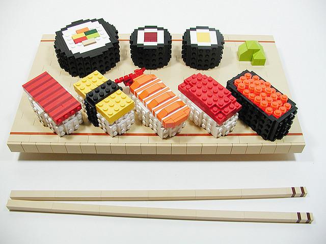 Apprendre à faire des sushis et des makis (avec des Lego®)