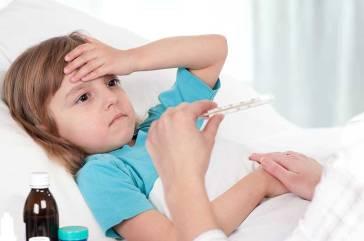 Rhume et risque d'AVC ches les enfants