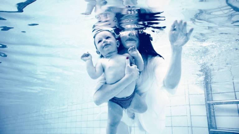 Les interactions directes avec les bébés pendant une effort font la différence