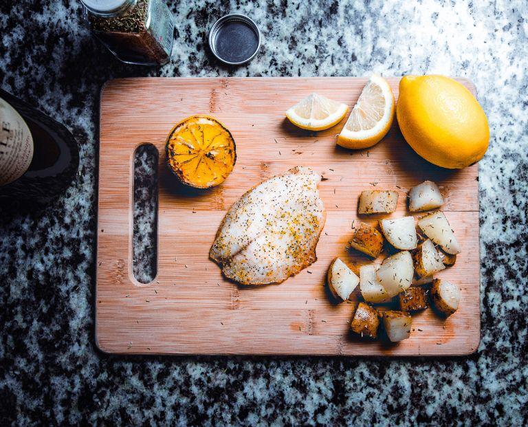 Réduire la consommation de viande et la remplacer par des poissons et des crustacés