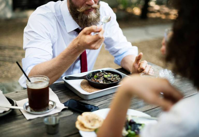 Boissons sucrées + repas riches en protéines=gain de poids et obésité