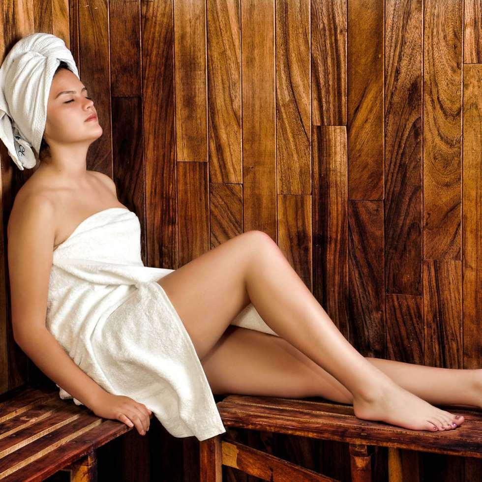 Les bienfaits du sauna diminuent le risque d'hypertension jusqu'à 46% chez les adultes