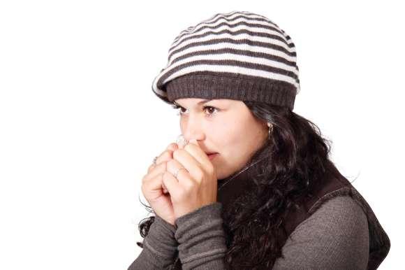 La solitude prédit un ressenti plus important des symptômes du rhume