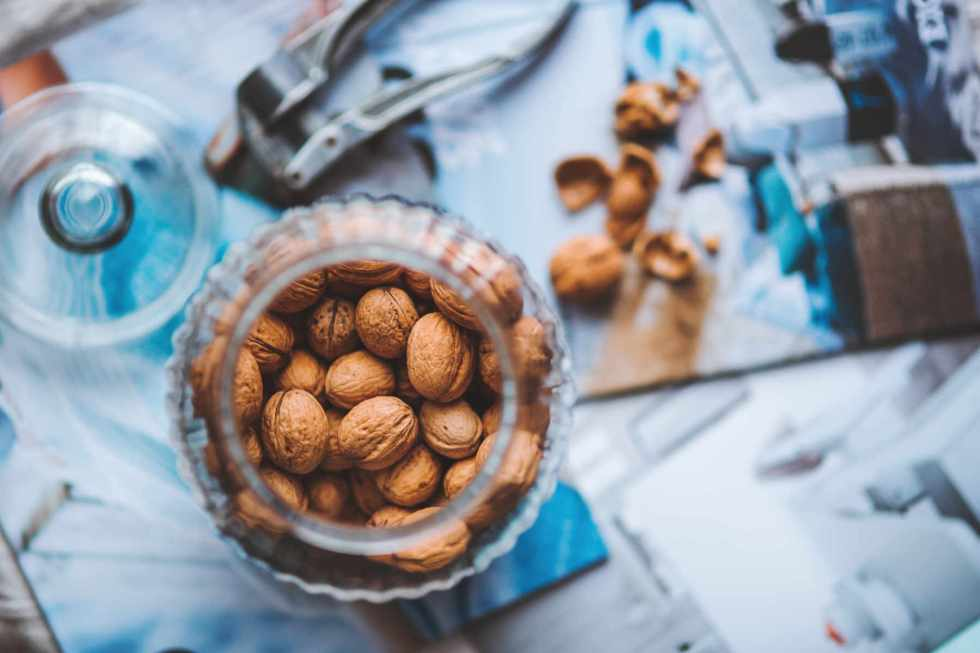 Manger des fruits à coque renforce la fonction des ondes cérébrales