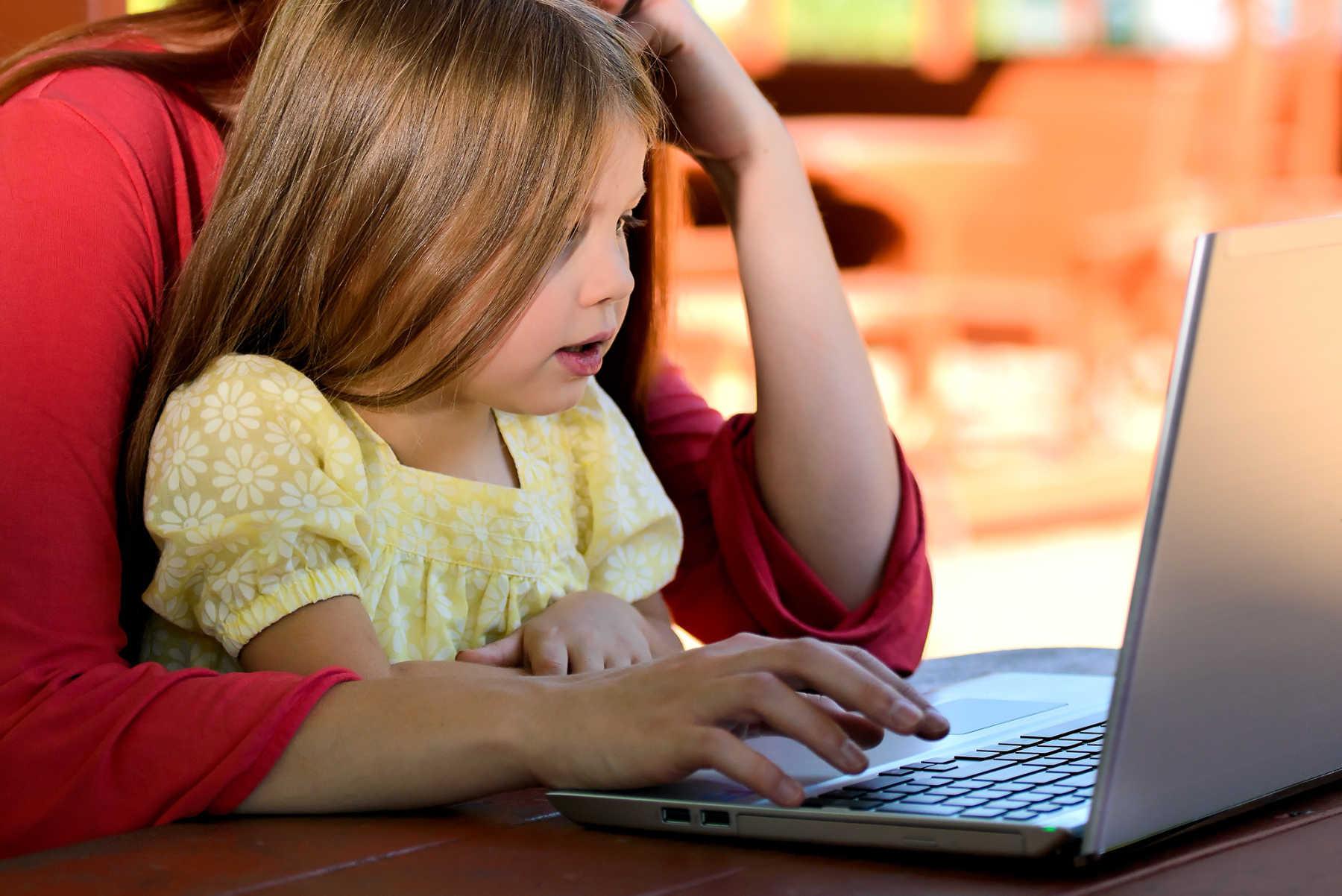 Pourquoi les enfants et les adolescents sont particulièrement sensibles à l'impact perturbateur du sommeil de l'électronique ?