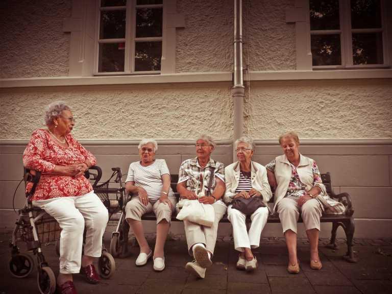 Des adultes en bonne santé âgés de 65 ans et plus