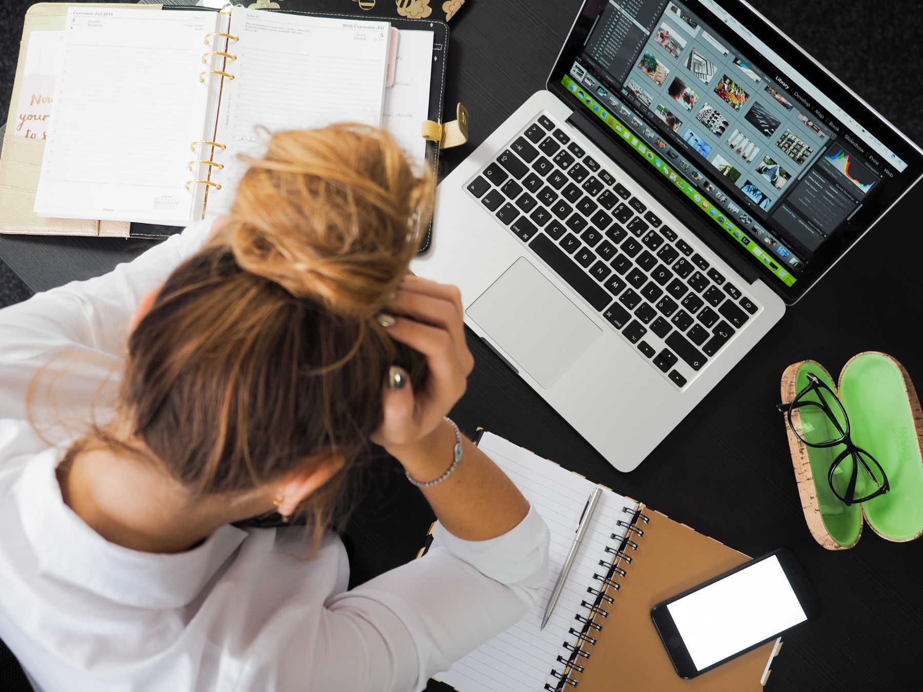 Un temps excessif devant les écrans est lié à la dépression et au suicide chez les adolescents