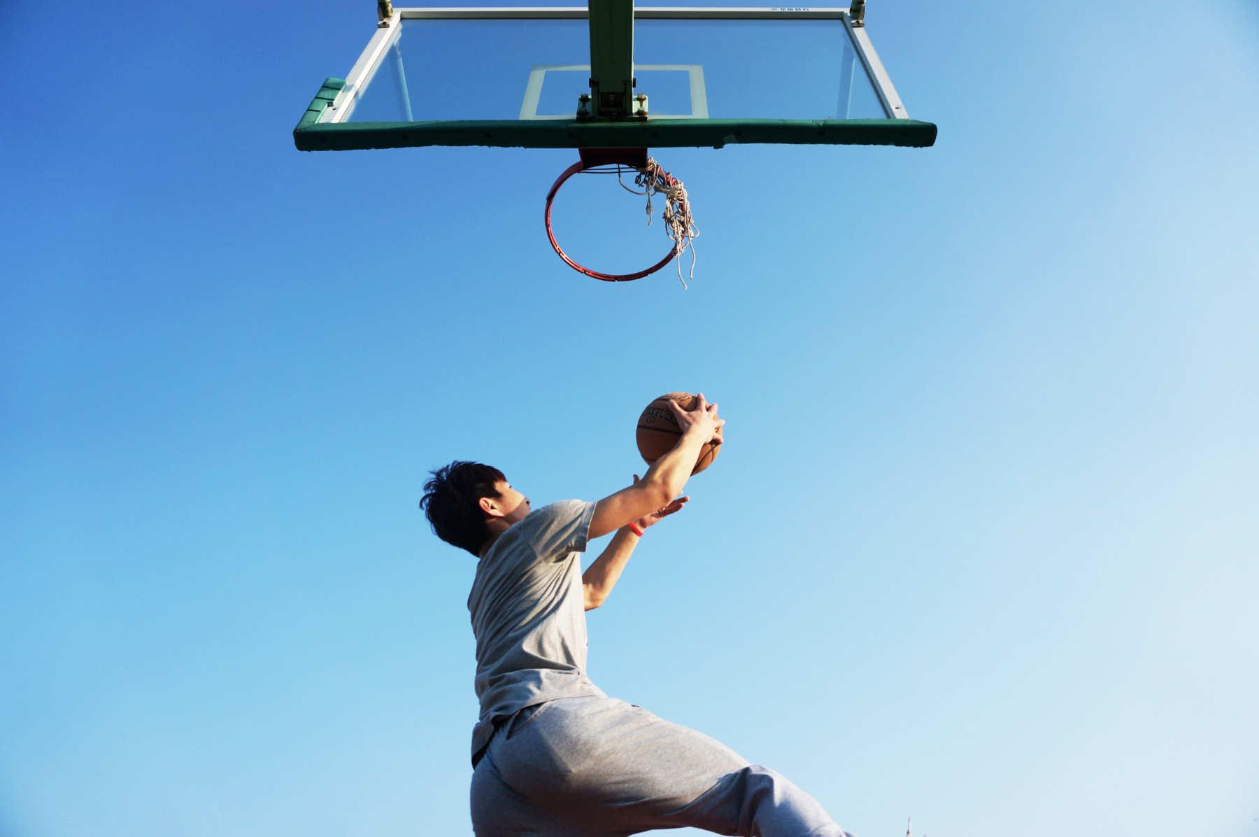 Un exercice approprié avant 65 ans peut effacer les dommages causés par le vieillissement cardiovasculaire