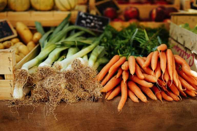Mangeons moins, mieux, local et de saison