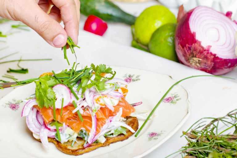 Effet des régimes pauvre en graisses et pauvre en glucides sur la perte de poids chez les adultes en surpoids
