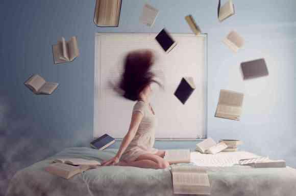 Lire, écrire, écouter et faire de la musique.
