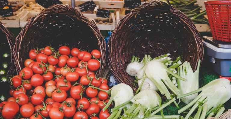 La consommation de fruits et de légumes crus