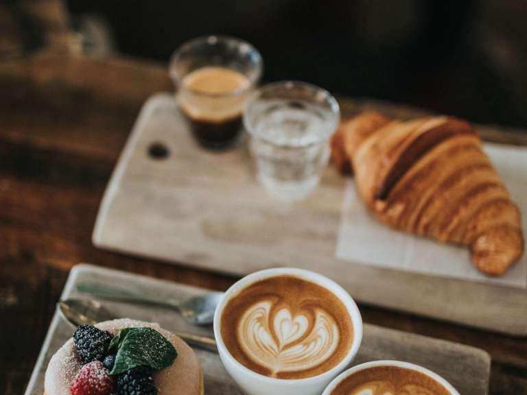 La caféine affecte de façon limitée la prise alimentaire au petit déjeuner