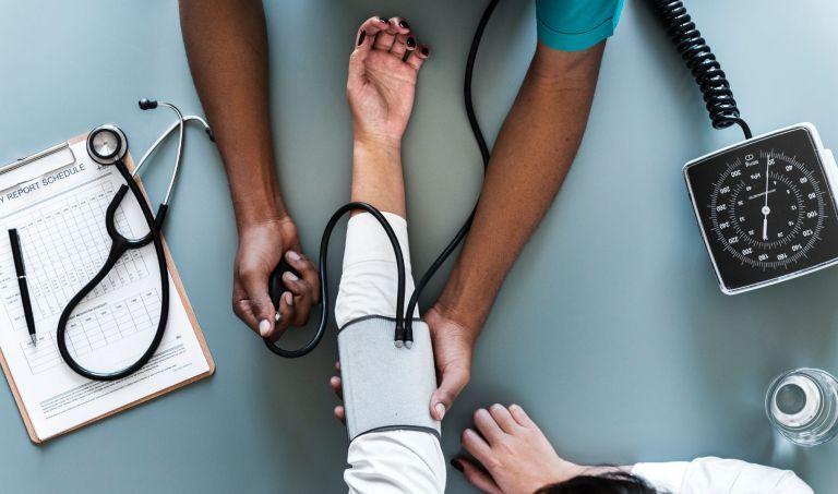 Prendre soin de soi et consulter un professionnel de santé