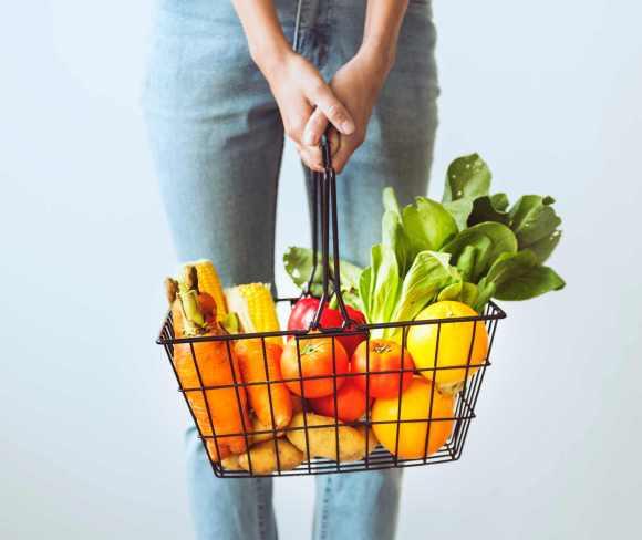 Rendre les fruits et légumes plus accessibles augmente la quantité de fruits et légumes achetés