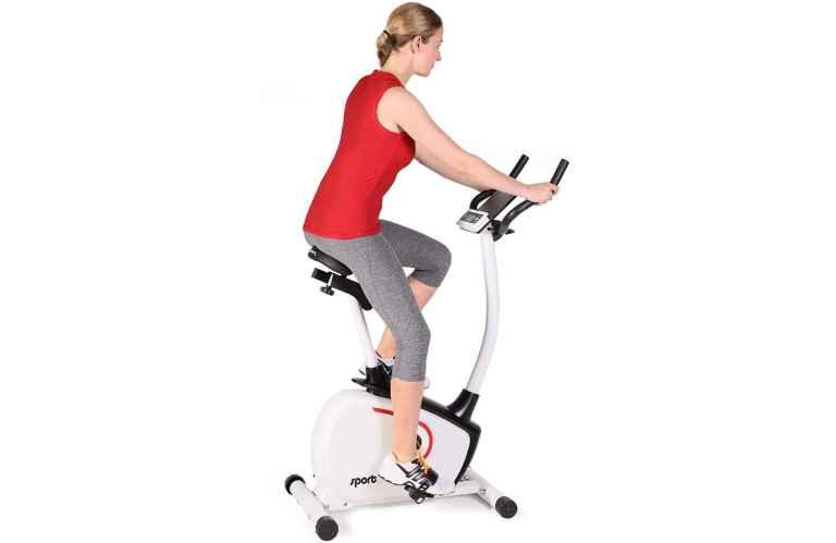 Exercices avec un vélo ergomètre