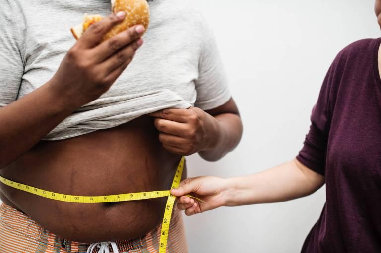 Excès de poids et cancer : un combat à mener au plus tôt