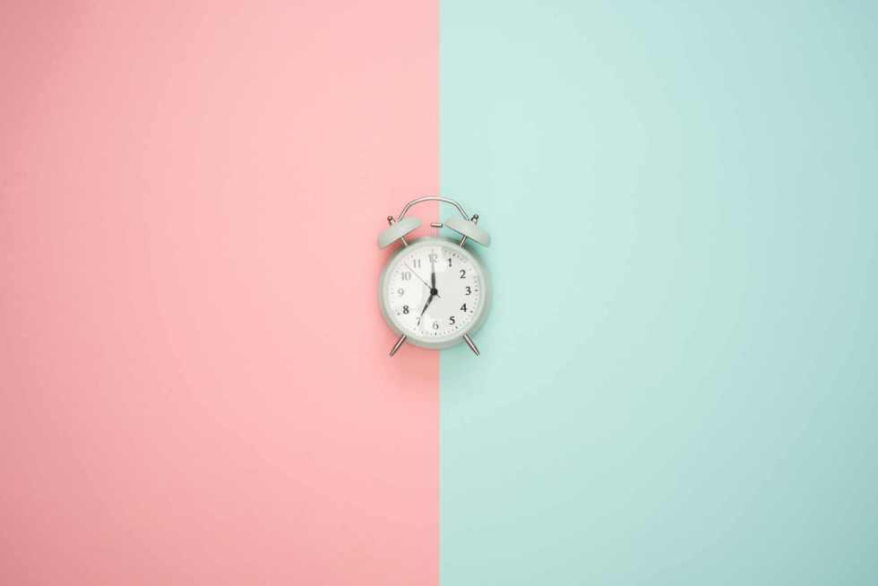 Faut-il vraiment attendre 2 heures après un repas avant de dormir ?