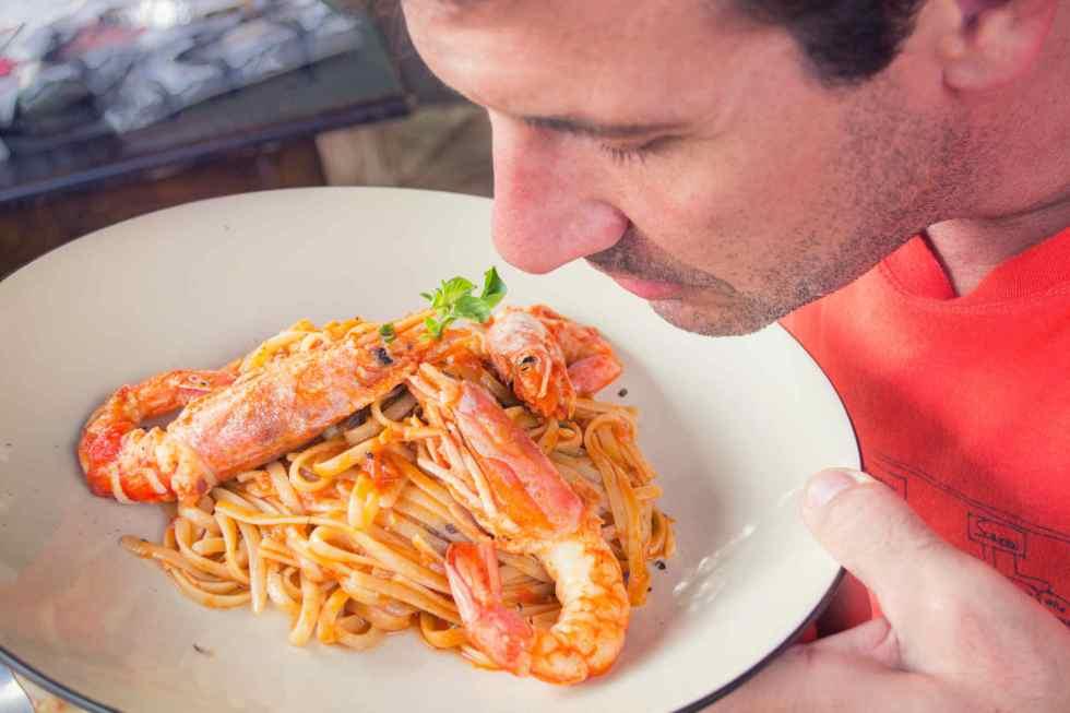 Pourquoi faut-il respirer plus de 2 minutes l'odeur d'un aliment ?