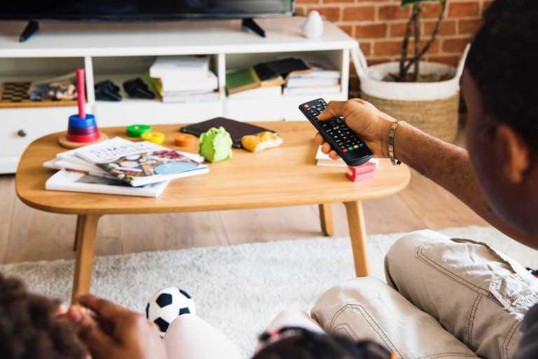 Télévision et mauvaises habitudes alimentaires chez les enfants