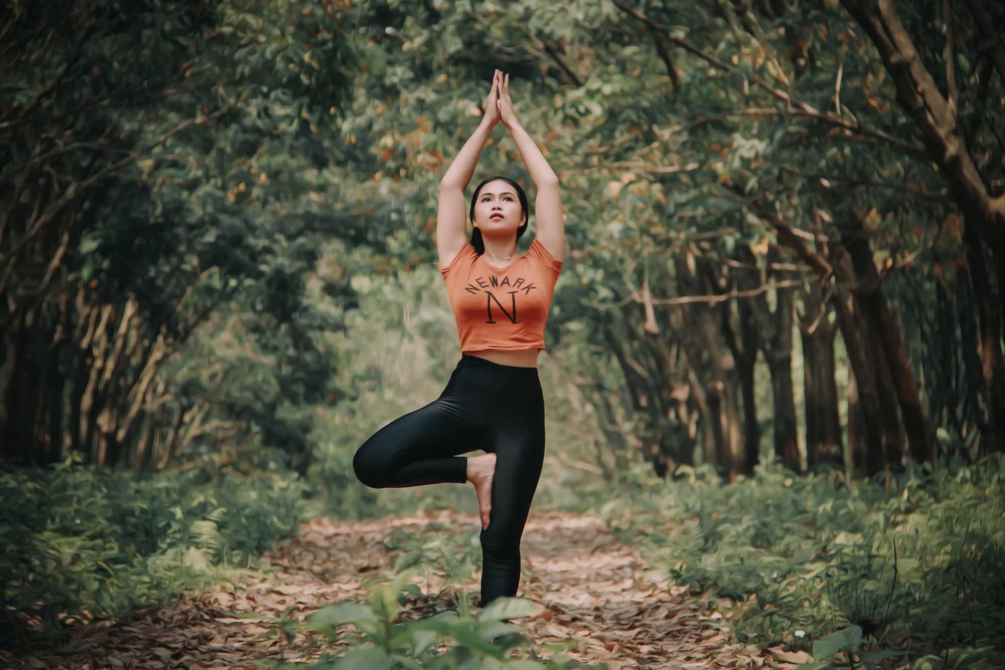 Pourquoi le yoga réduit les symptômes de la polyarthrite rhumatoïde ?