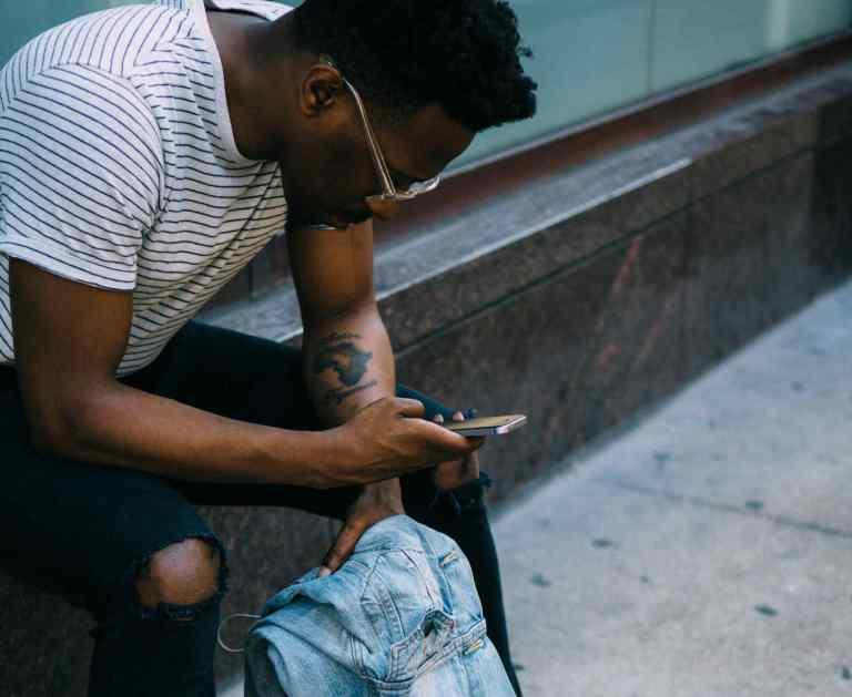 Réseaux sociaux et identité numérique