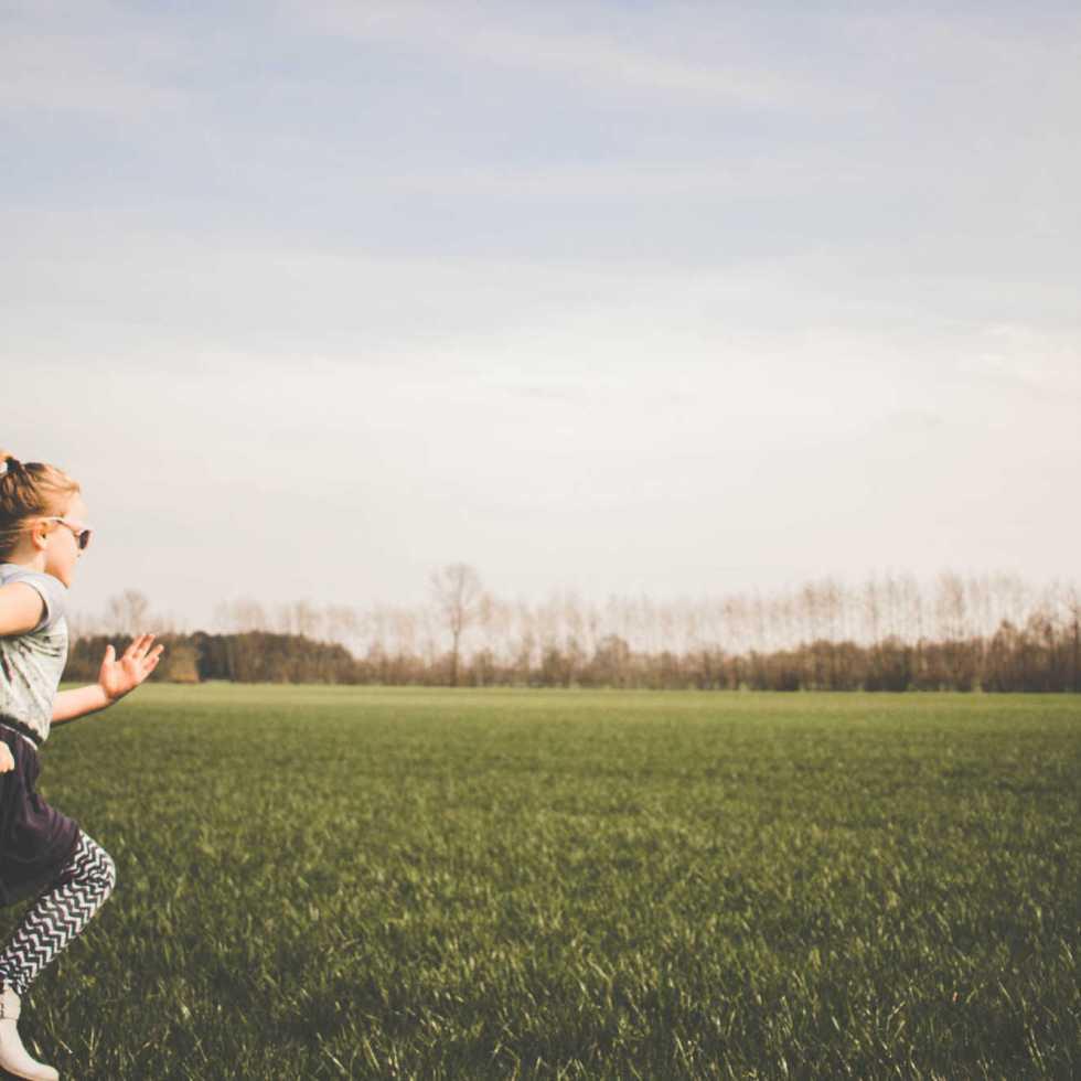Grandir proche de la nature réduit jusqu'à 55% le risque de troubles mentaux