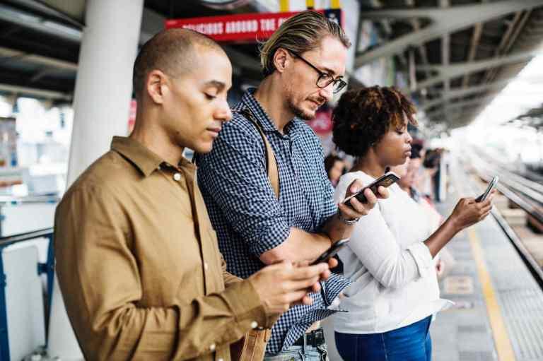 Relation intime avec un smartphone