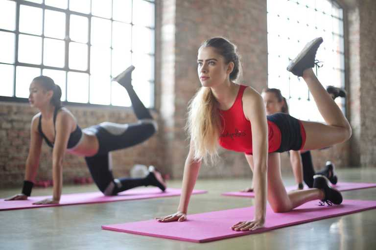 120 minutes de yoga, 5 jours par semaine pendant 8 semaines