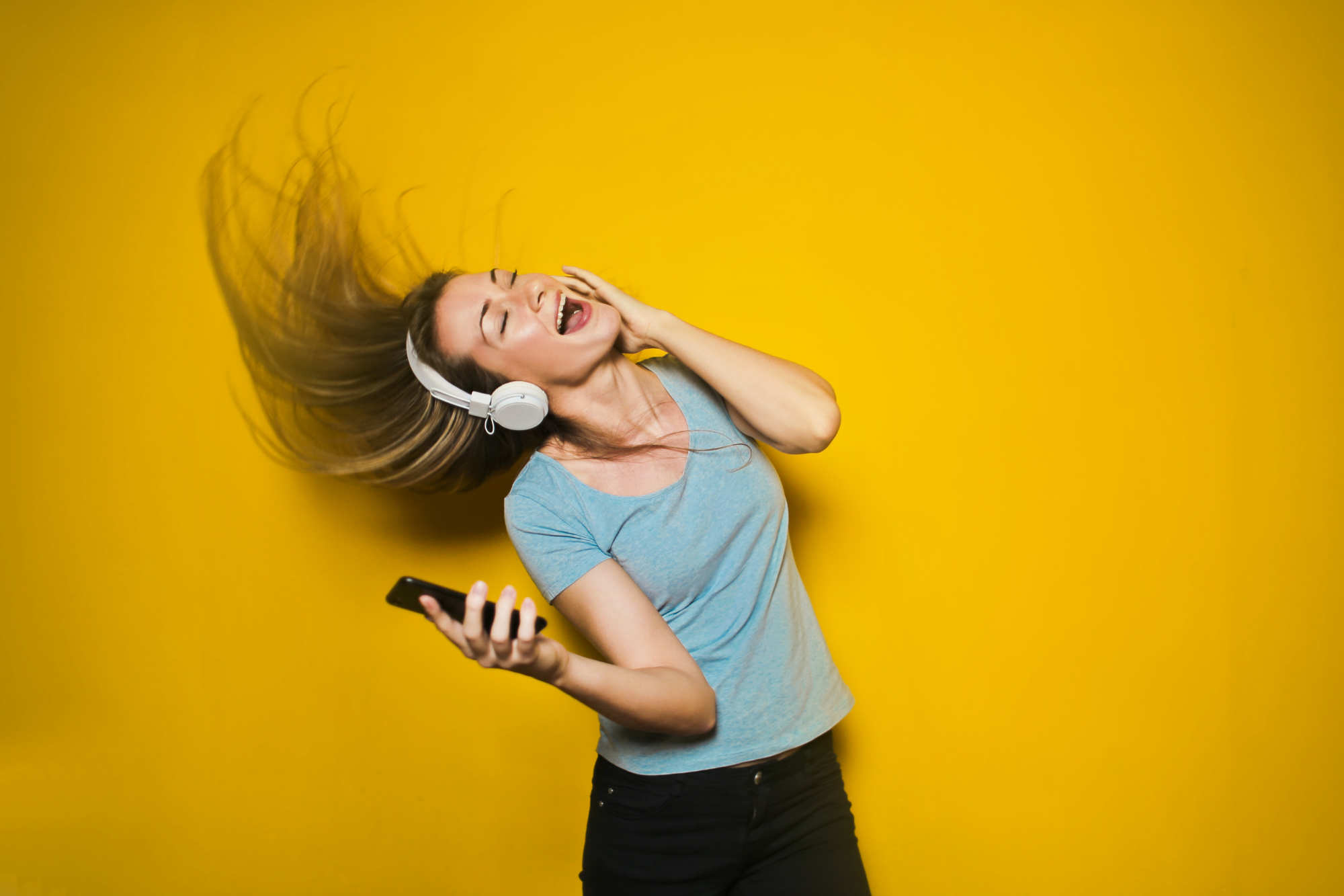 Pourquoi perdez-vous l'ouïe pendant un certain temps après avoir écouté des sons forts ?