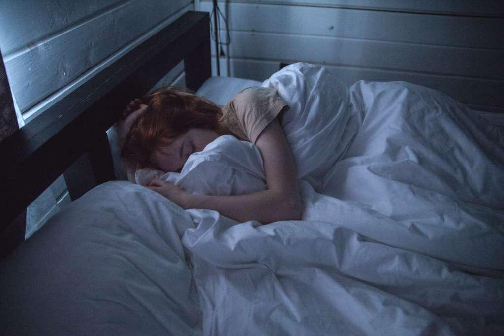 L'importance du sommeil pour maintenir un bon fonctionnement cognitif