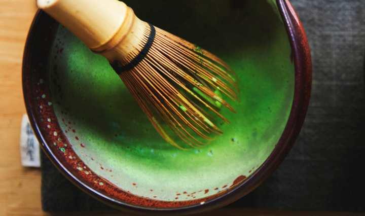 Pourquoi boire du thé vert matcha diminue l'anxiété ?