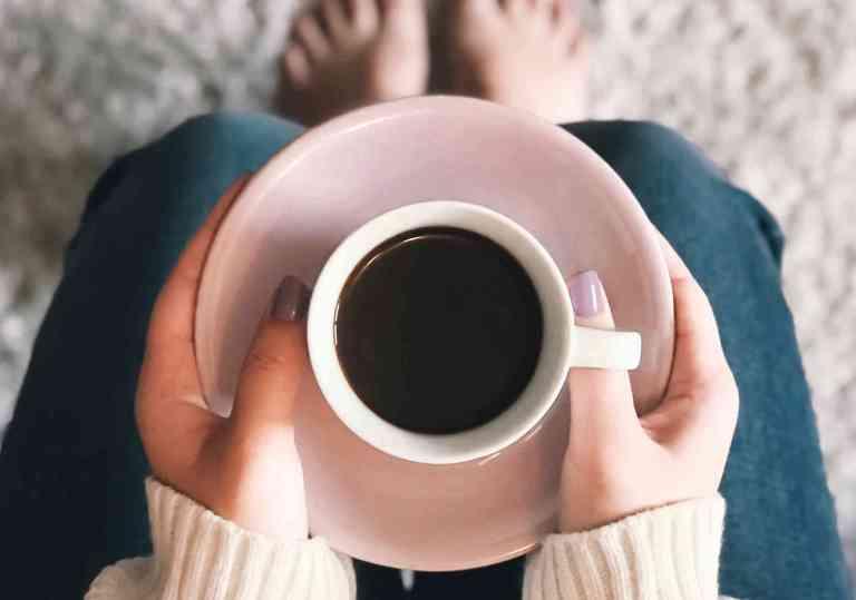Combien de boissons à la caféine faut-il pour déclencher une migraine ?