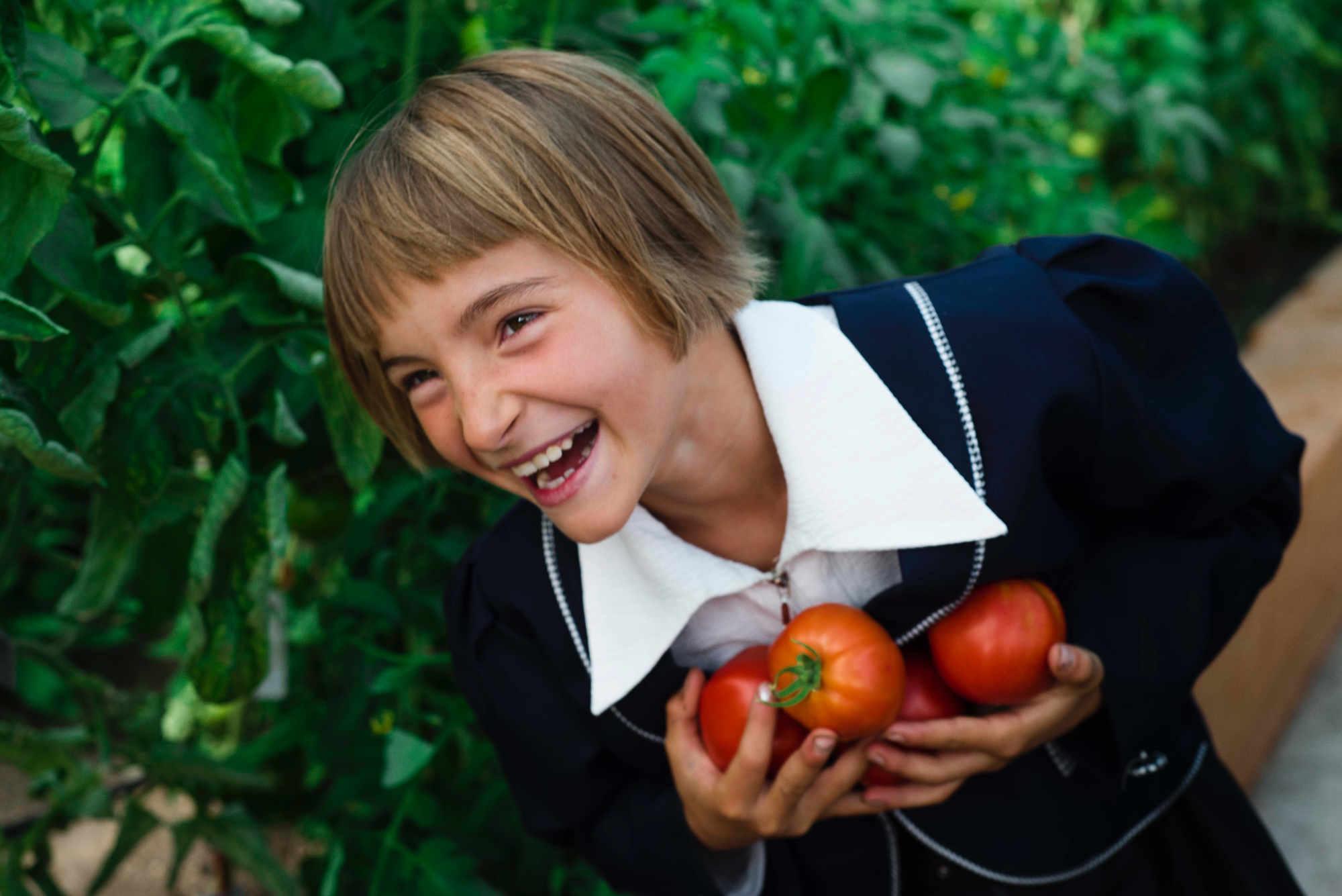 La clé pour apprendre aux enfants à manger sainement est la répétition