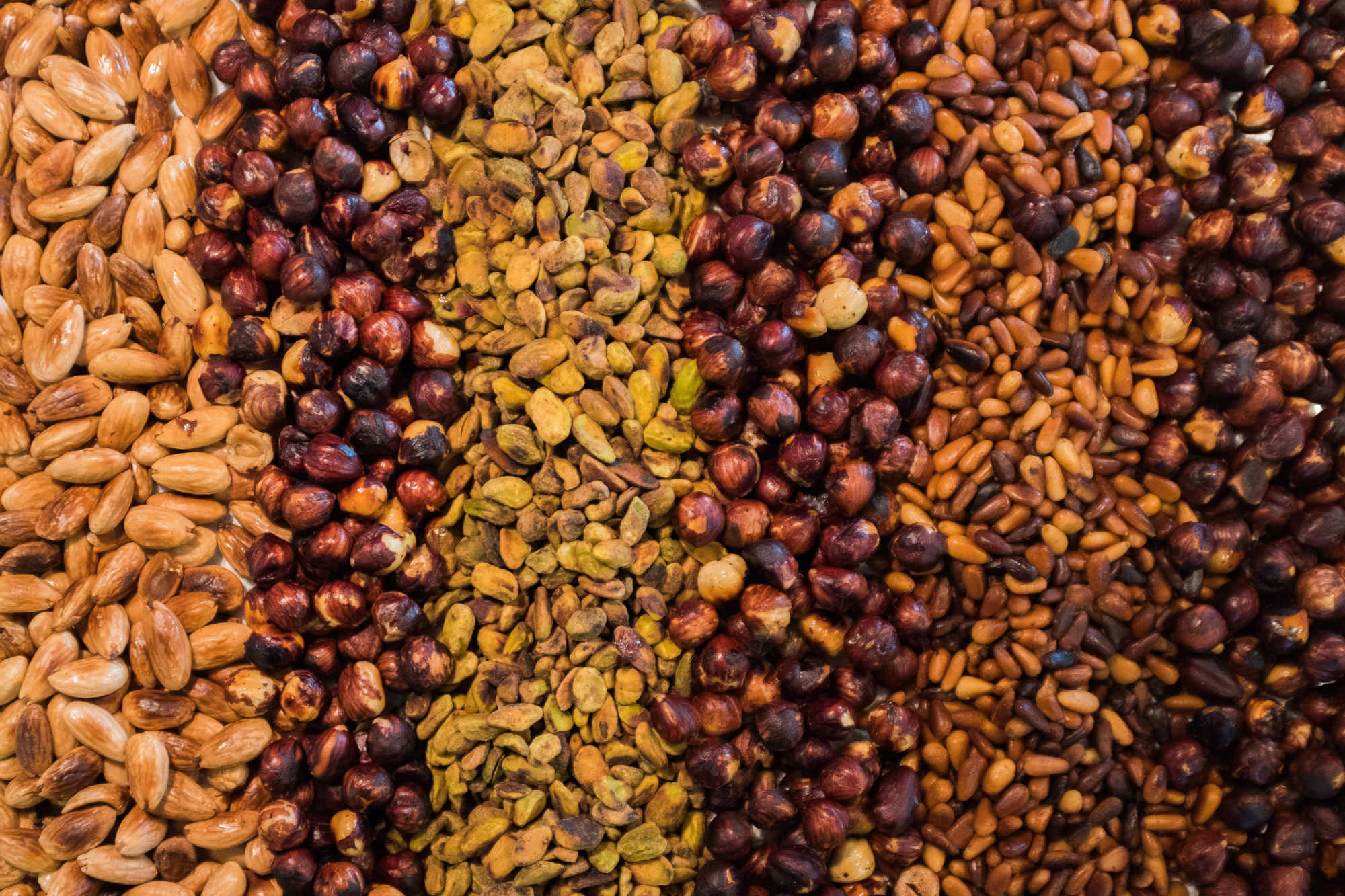 La consommation de noix réduit le risque de crise cardiaque et d'AVC